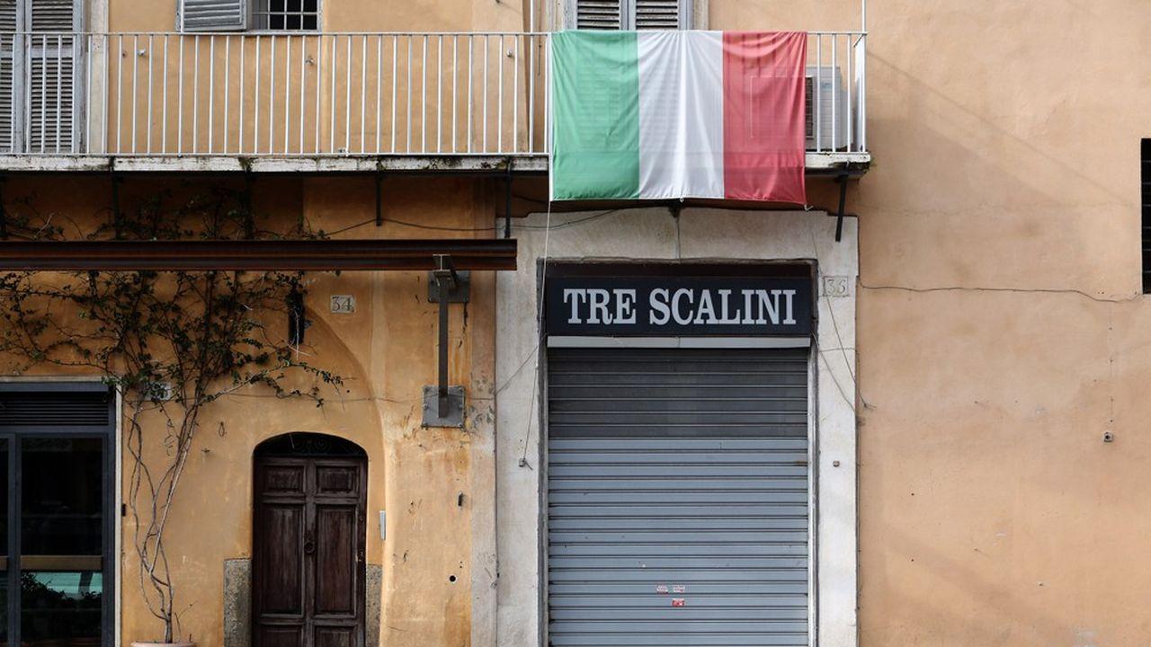 Un ristorante chiuso a Roma a causa della pandemia.