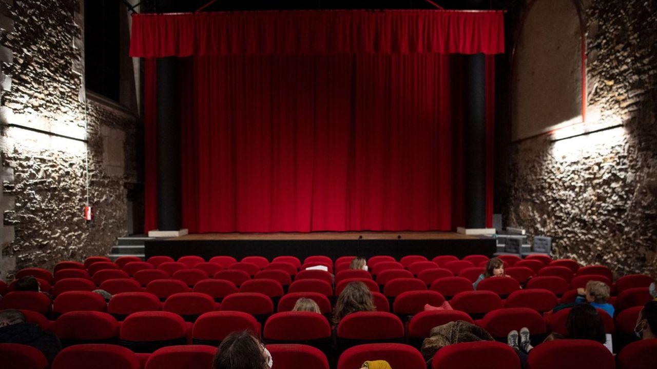 Dans un premier temps, les salles de cinémas et de théâtre ne pourront accueillir que 35% de leur capacité maximale.
