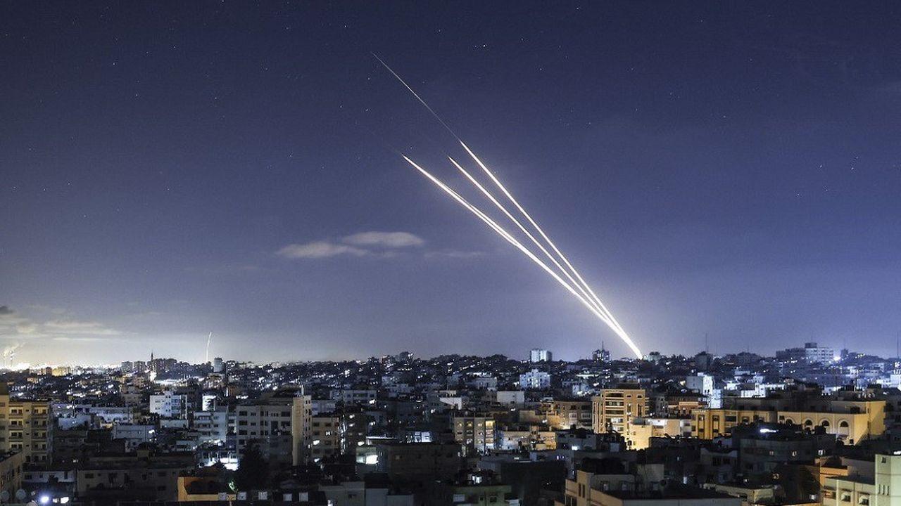 Les frappes et tirs de roquette se sont poursuivis dans la nuit de mardi à ce mercredi.