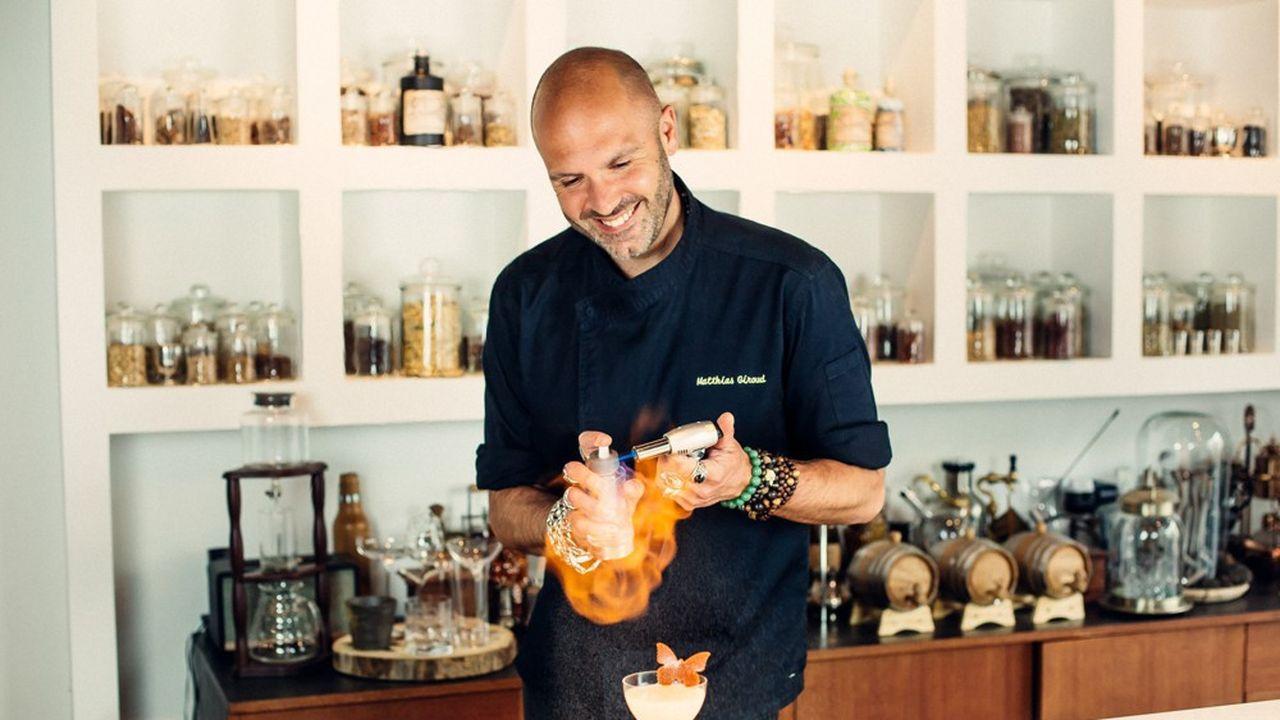 Matthias Giroud considère son métier comme celui d'un chef de cuisine, mais avec des liquides.
