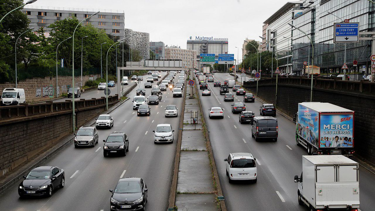 Selon une étude, les usagers du périphérique sont très majoritairement hostiles aux modifications envisagées par la maire socialiste Anne Hidalgo.