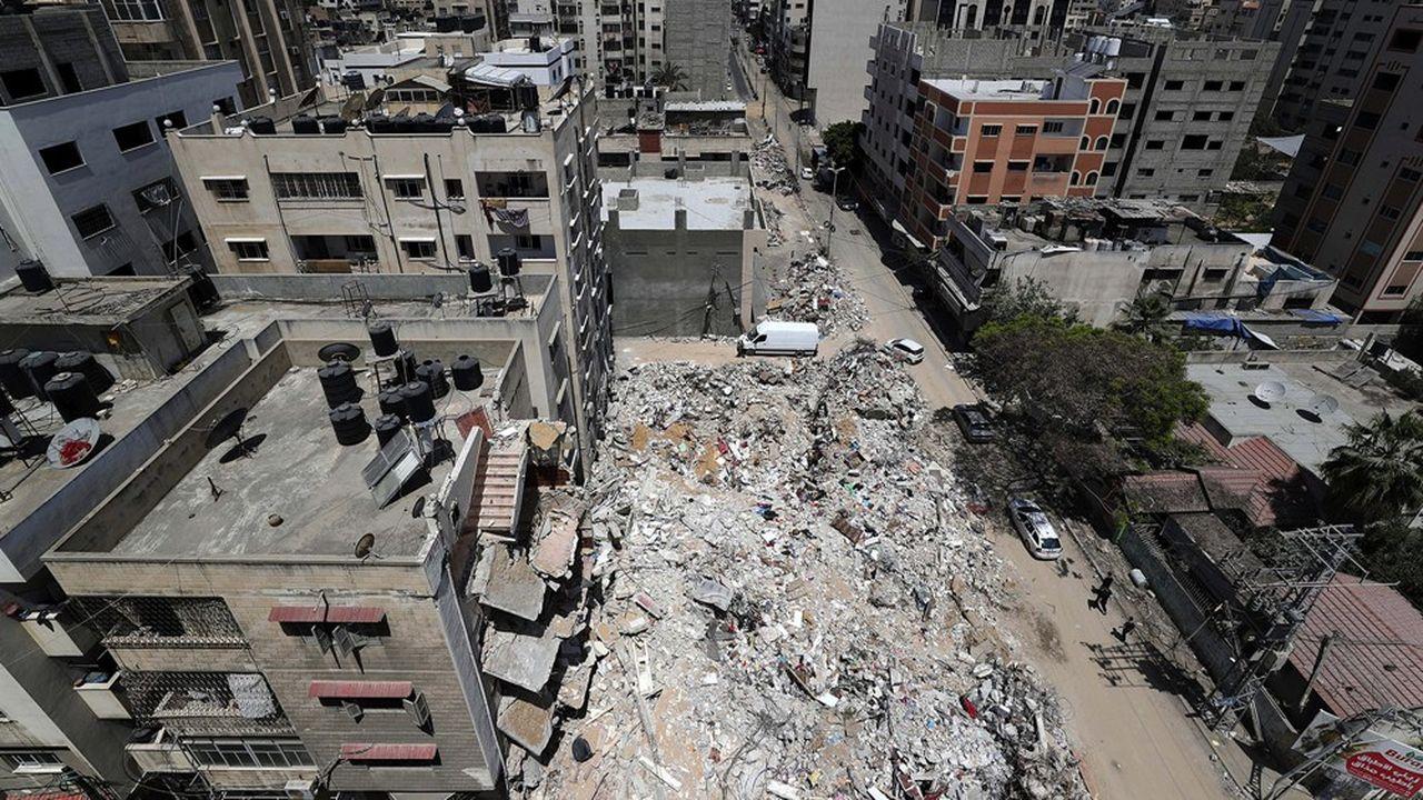 La densité de population dans la bande de Gaza estl'une des plus fortes au monde avec 5.500 habitants au km2. Ici, des immeubles dévastés après les bombardements israéliens, le 20mai.