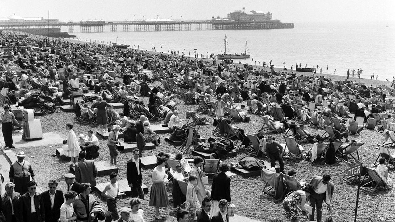 La plage de Brighton, en juin 1960, où nous entraînent Graham Swift et William Boyd.