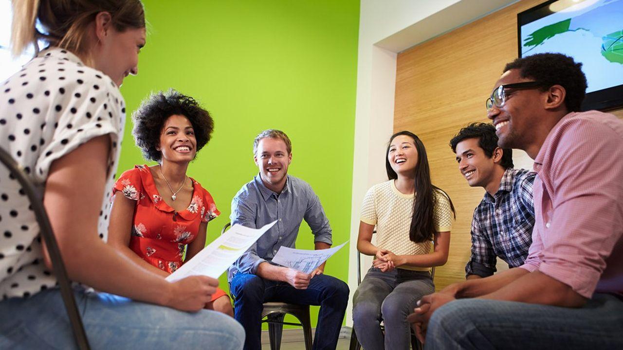 Faire en sorte que les collaborateurs se sentent valorisés et respectés pour ce qu'ils sont crée un environnement de travail plus satisfaisant et durable.