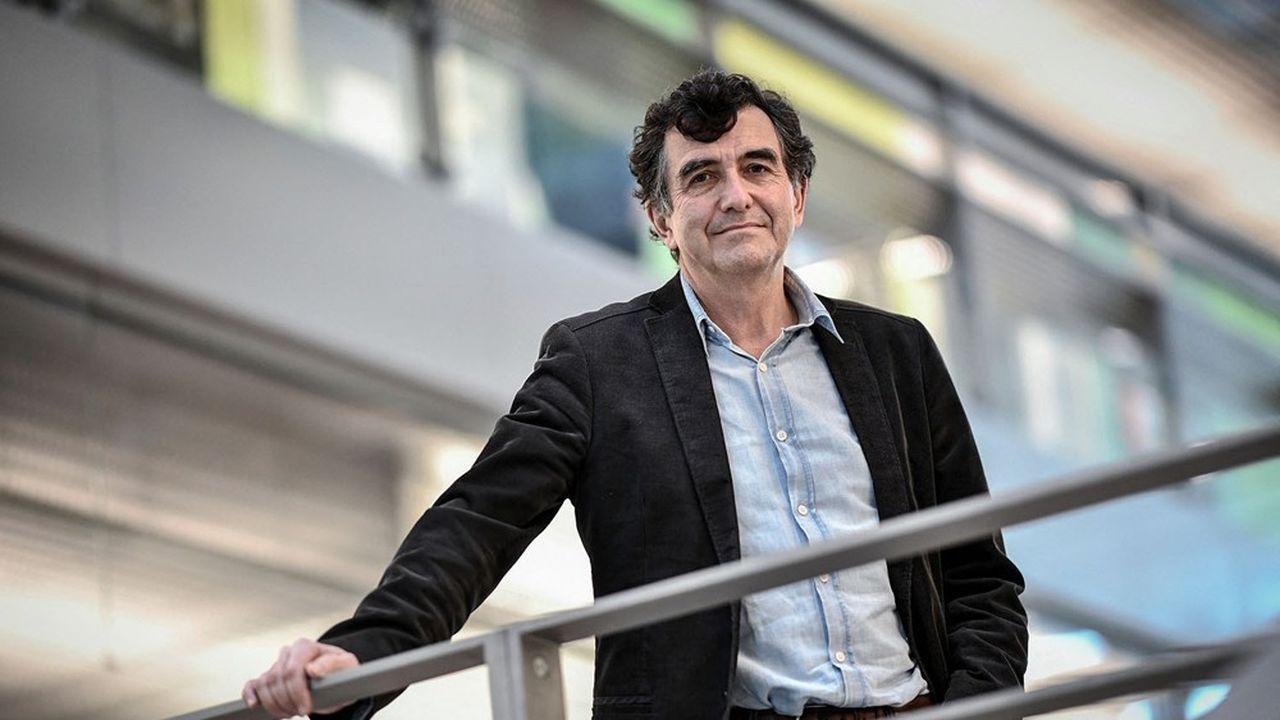 L'épidémiologiste Arnaud Fontanet espère que la circulation du virus sera ramenée à 5.000 cas par jour autour du 15juin.