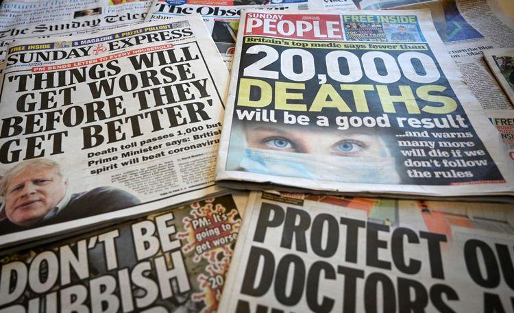 Les unes de plusieurs journaux anglais le 29mars 2020.