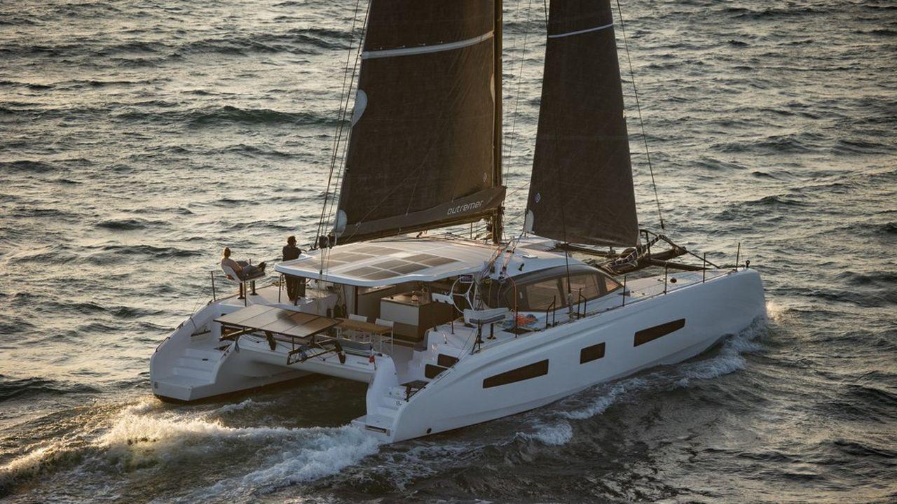 Les deux fabricants de catamarans de Grand Large Yachting ont réalisé des vidéos longues incluant des simulations de conditions météo, à bord de chacun des 5 modèles.