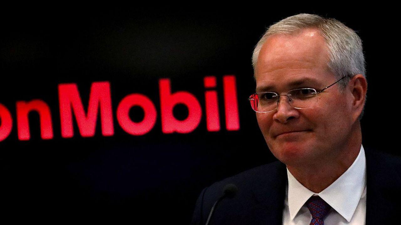 Le patron d'Exxon Mobil Darren Woods fait face à la fronde de certains actionnaires.