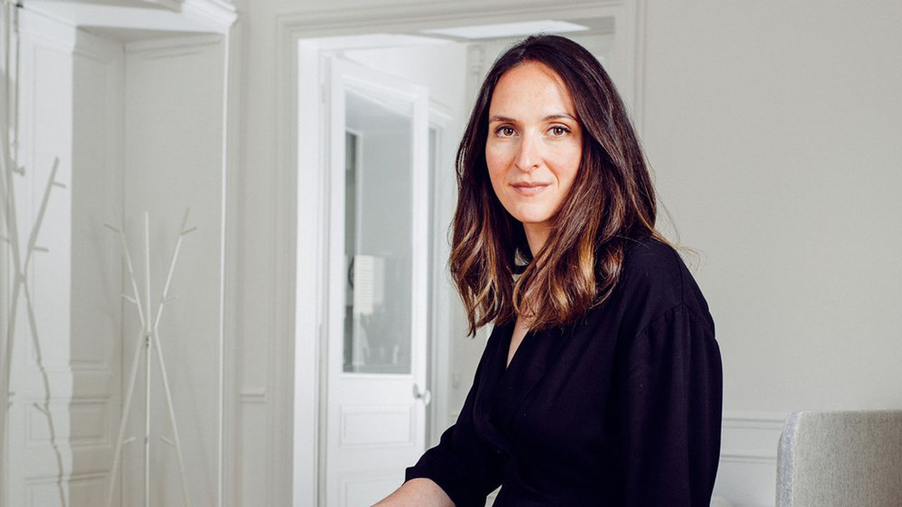 Judith Levy, fondatrice de Même, dans les bureaux de son entreprise, à Paris, le 26 avril 2021.