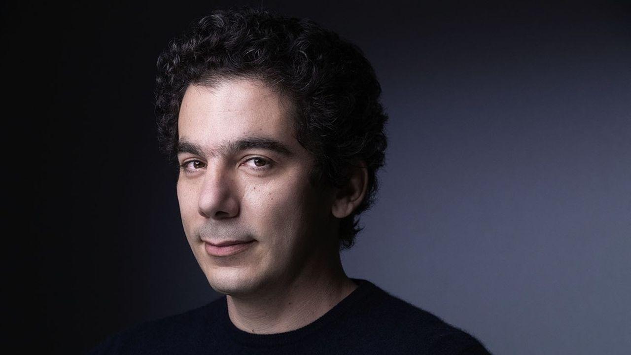 Nathanaël Karmitz dirige le groupe de salles de cinémas fondé par son père, Marin Karmitz, en 1974.