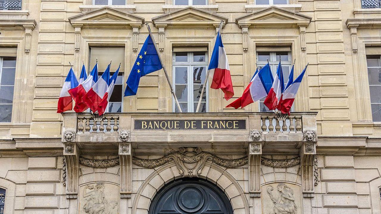 Selon le gouverneur de la Banque de France, il n'y a pas de raison que la zone euro maintienne des restrictions plus fortes et plus durables sur les dividendes par rapport à d'autres pays.