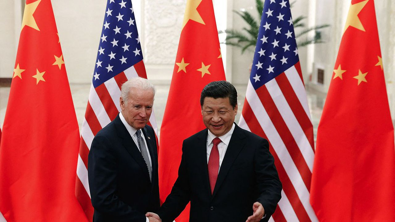 Joe Biden et Xi Jinping en décembre 2013 à Pékin. Les dirigeants des grandes puissances sont engagés dans une lutte féroce, vouée à l'échec.