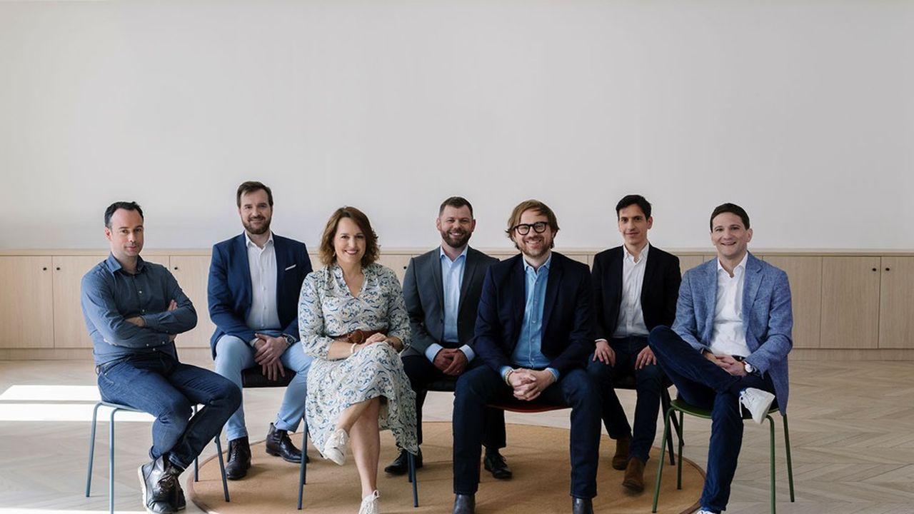 De gauche à droite: Hugo Lassiège, Quentin Debavelaere, Ségolène Finet, Richard Yarsley, Vincent Huguet, Nicolas Roux et Alexandre Fretti.