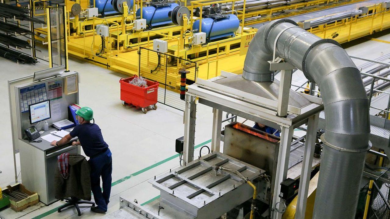L'usine de Valinox, située à Montbard (Côte-d'Or), emploie 240 salariés.