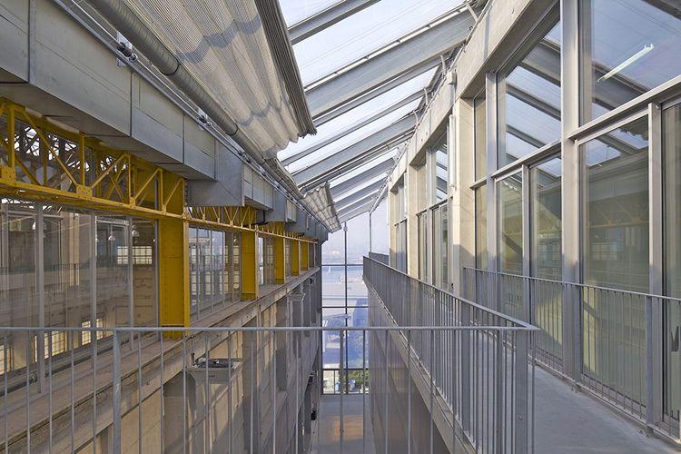 2013 : Le Frac (Fonds régional d'art contemporain) Nord-Pas-de-Calais, à Dunkerque.