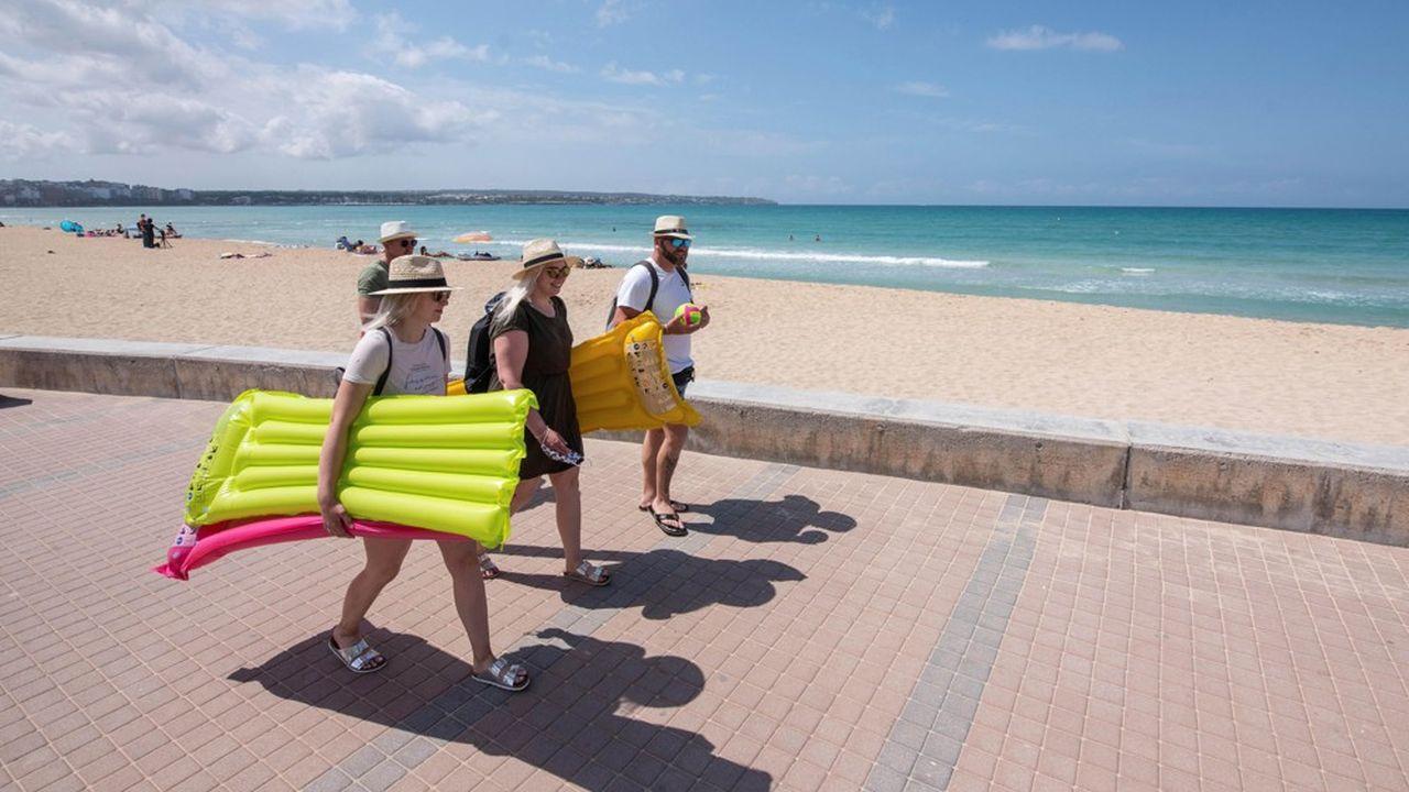 Les Allemands sont friands de voyages à l'étranger, comme à Majorque où brille le soleil. Mais le nouveau fonds d'assurance risque de surenchérir ce type de vacances.
