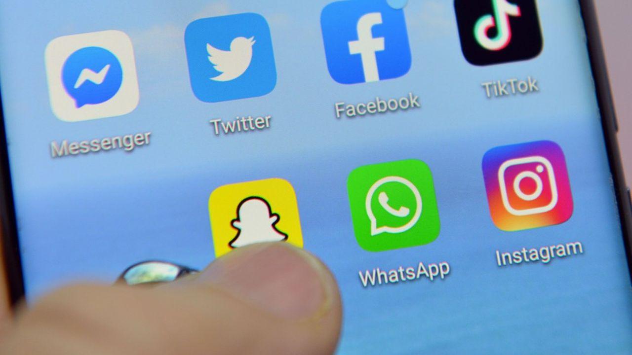 C'est une étape vers l'unification des trois plateformes contrôlées par le groupe californien: Facebook, WhatsApp et Instagram.