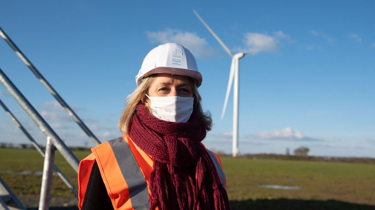 «L'éolien c'est vital, les énergies renouvelables c'est vital. On en a besoin pour baisser nos émissions de gaz à effet de serre, avoir un mix énergétique plus décarboné», a fait valoir Barbara Pompili.