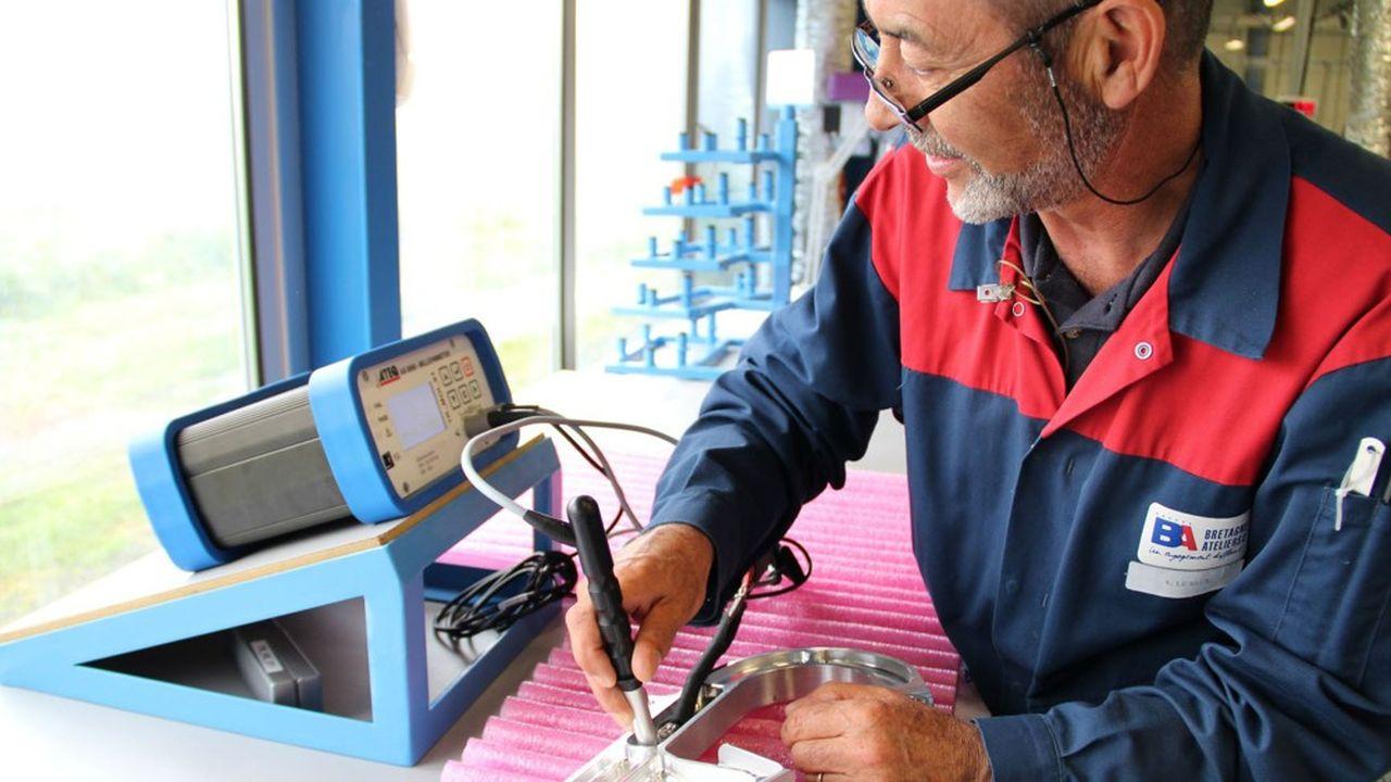 Depuis quarante-six ans, Bretagne Ateliers emploie des salariés présentant un handicap moteur ou cérébral. Ils sont aujourd'hui 420 dans cette entreprise adaptée.