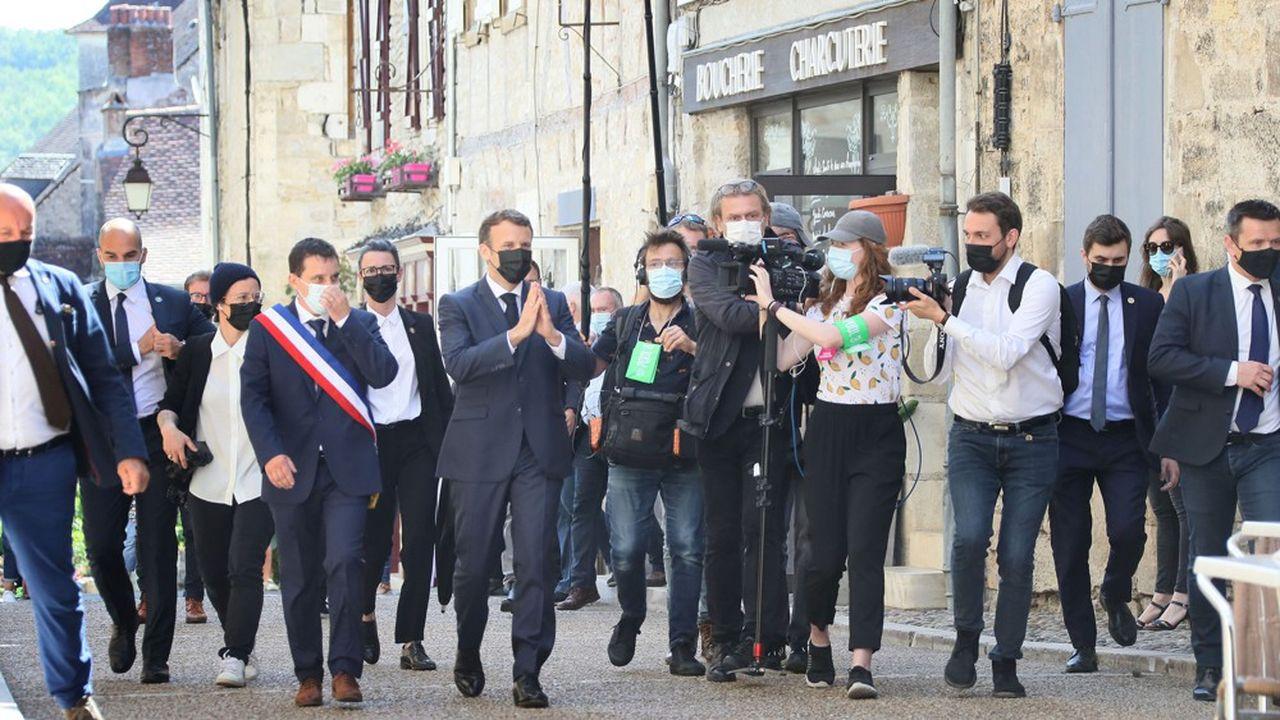 Une réunion sur le tourisme à Saint-Cirq Lapopie, une rencontre avec les habitants à Martel… le président a entamé son tour de France par une visite dans le Lot.