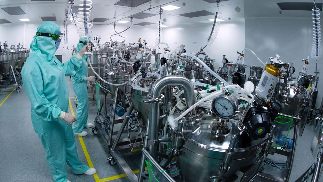 Laboratoire de Sanofi à Val-de-Reuil, en Normandie, le 10 juillet 2020.