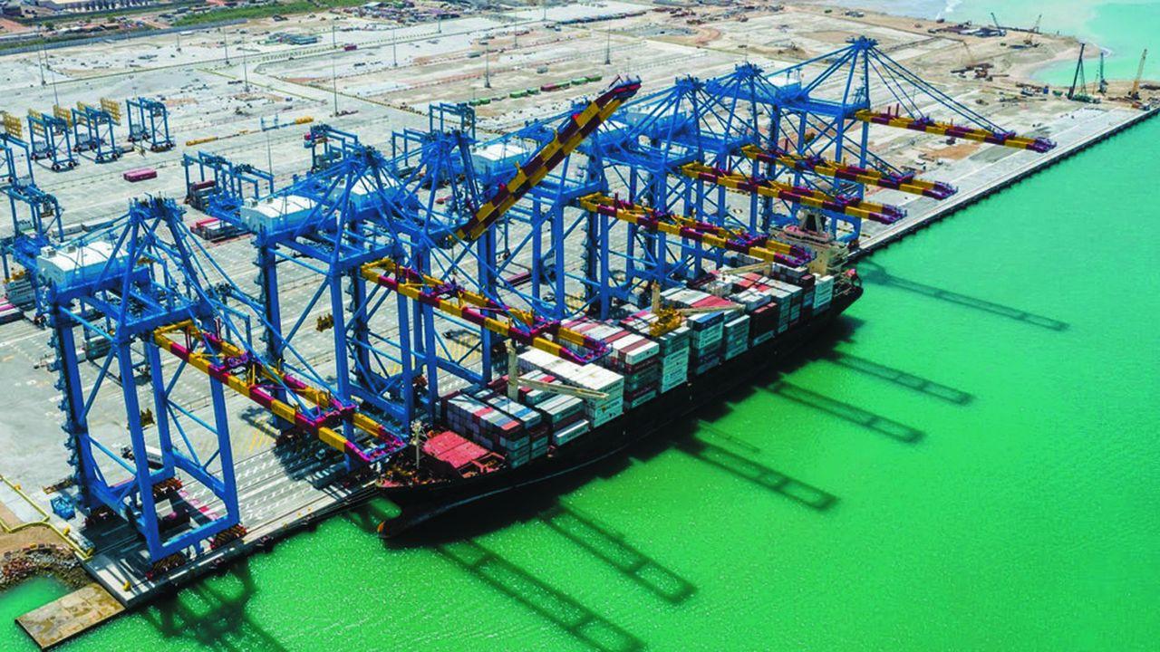 Le groupe Bolloré compte 21 concessions portuaires, dont 13 terminaux à conteneurs, majoritairement en Afrique de l'Ouest.
