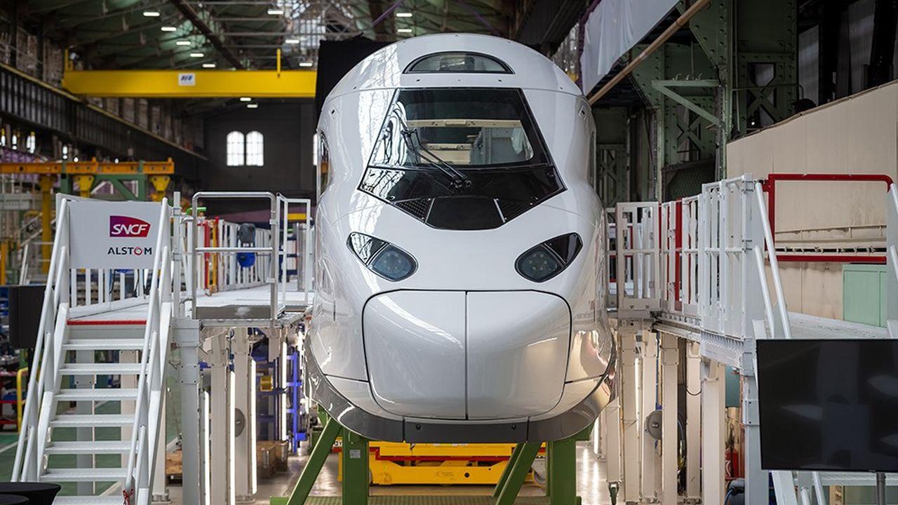 Inauguration du TGV M de la SNCF (appelé aussi Avelia Horizon) dans l'usine Alstom de Belfort, le 26 mai dernier. Les livraisons se feront entre 2024 et 2031.