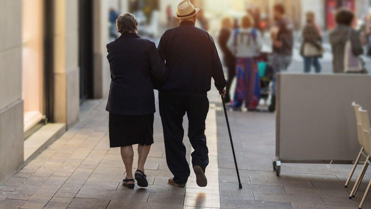 «On ne va pas forcer les assurés à partir plus tard à la retraite alors qu'ils viennent de perdre cinq à six mois d'espérance de vie à cause du Covid», accuse Michel Beaugas, le négociateur retraites de FO.