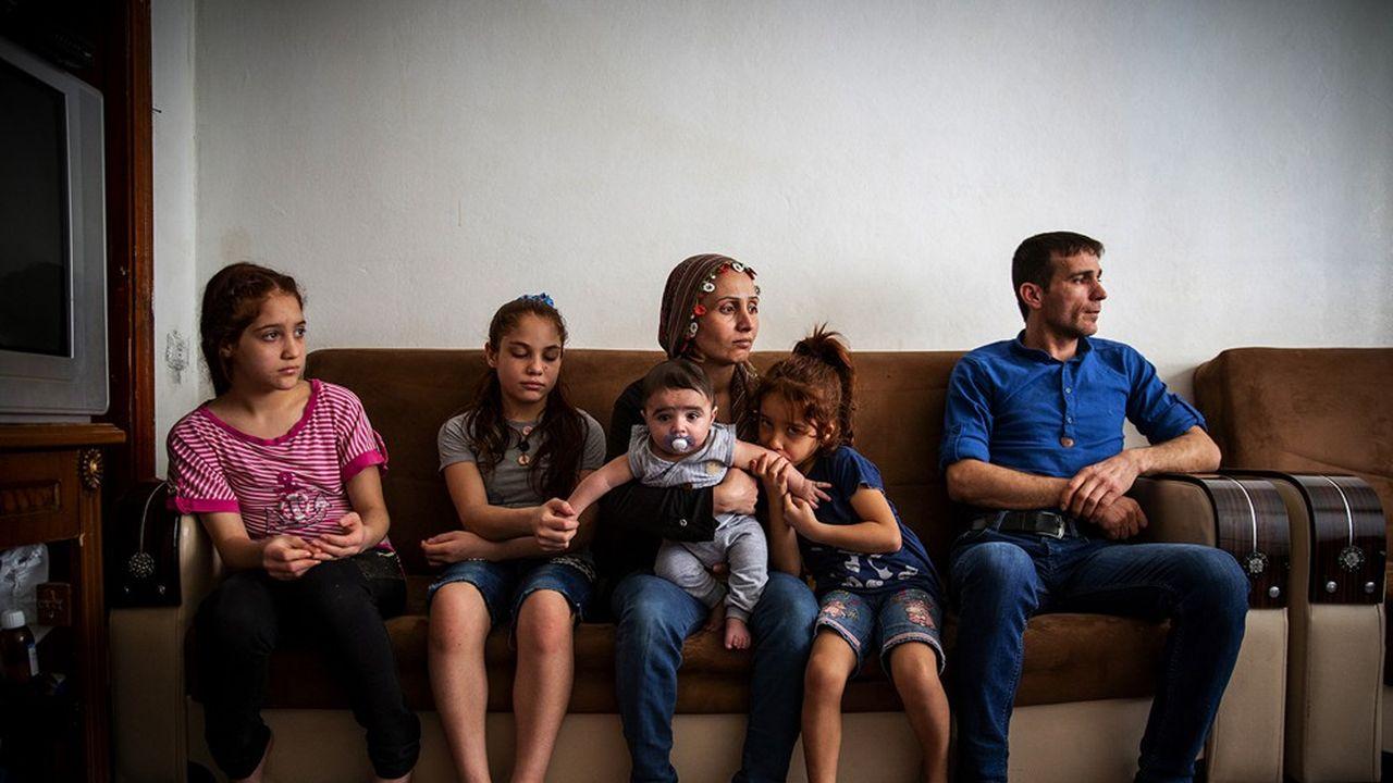 Adnan Karacol, 35 ans, et sa famille sont arrivés à Gaziantep il y a six ans. Ils vivent dans une petite maison délabrée à l'est de la ville.