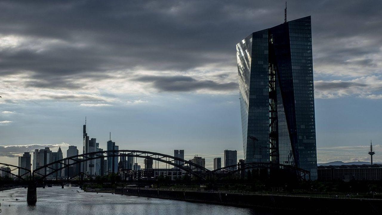 Totalement interrompus en 2020, en raison des recommandations de la Banque centrale européenne (BCE), les versements restent encore très contraints. Et cela au moins jusqu'en septembre prochain.