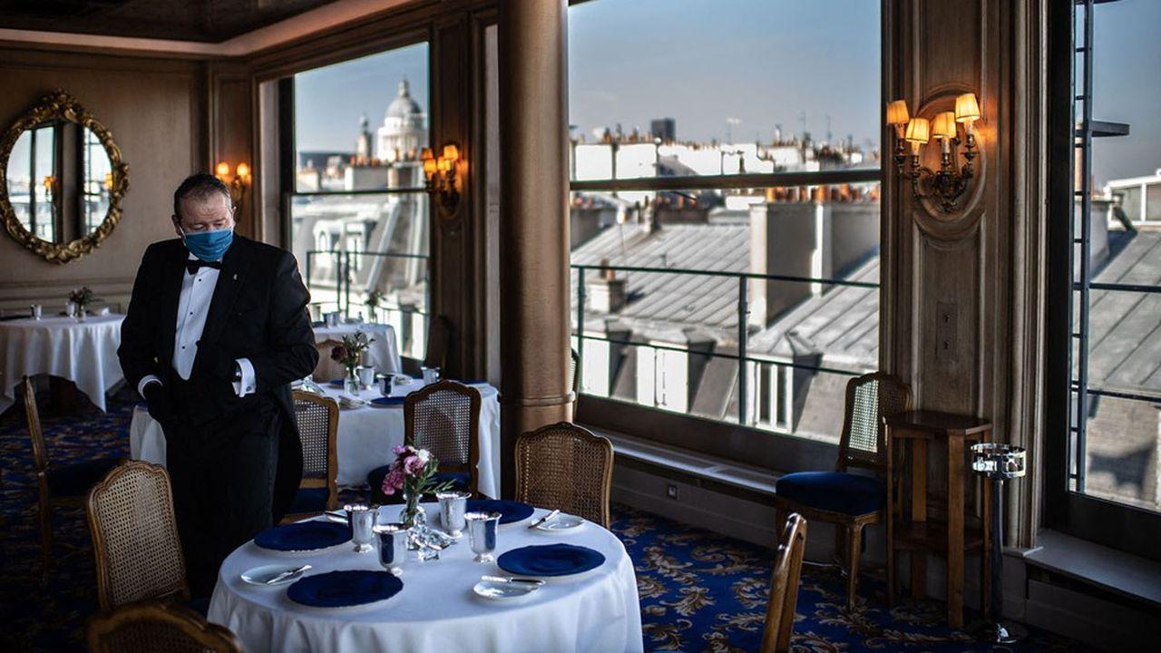 Le restaurant la Tour d'Argent, une étoile au guide Michelin, ouvrira le 10juin mais s'attend à une véritable reprise en octobre prochain.