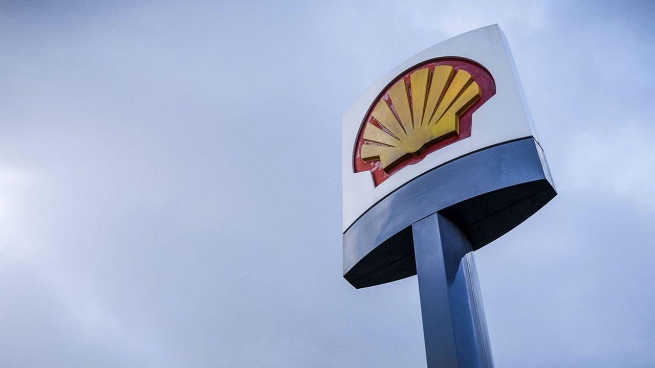 La feuille de route actuelle de Shell prévoit seulement une réduction de l'intensité en carbone de ses produits de 20% avant la fin de la décennie.