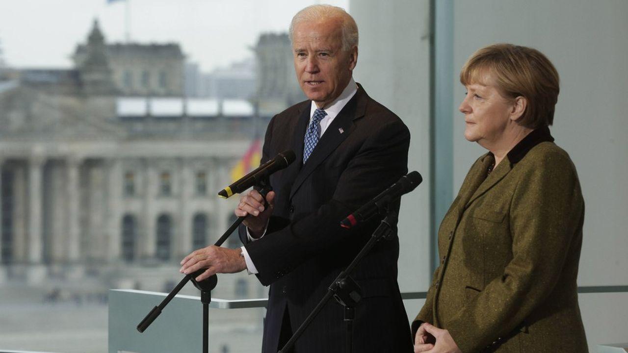 C'est mardi prochain que Joe Biden (ici photographié avec Angela Merkel) devrait participer au sommet avec l'Union européenne, à Bruxelles.