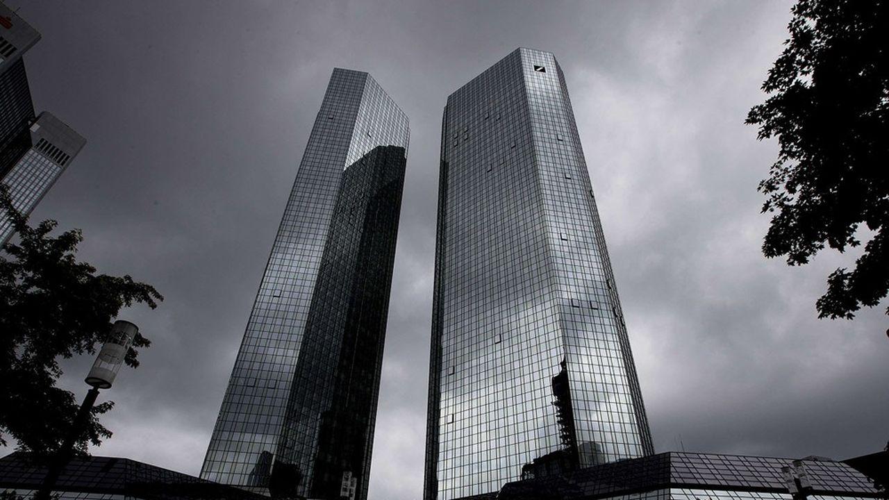 Les provisions de charges plombent la progression de Deutsche Bank