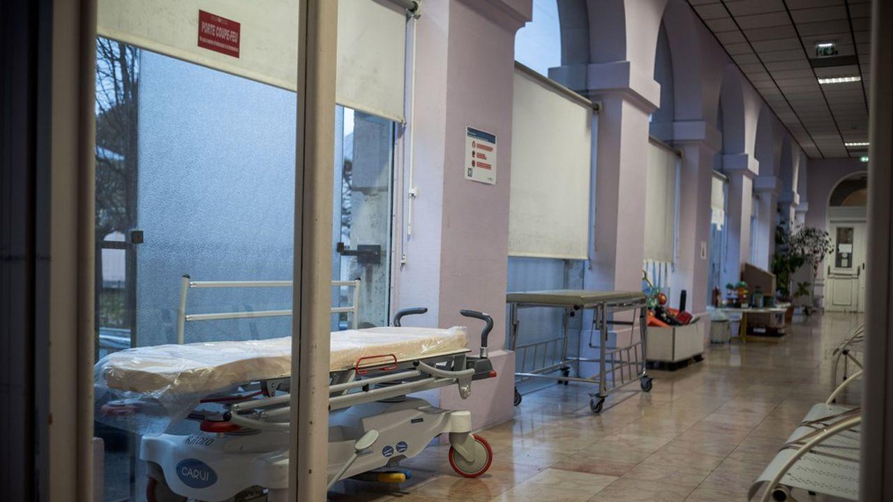 69 nouveaux décès ont été enregistrés dans les hôpitaux.