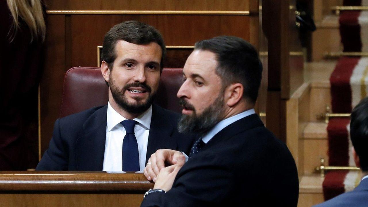 Le leader du Parti populaire, Pablo Casado, et celui de Vox, Santiago Abascal, manifesteront côte à côte dimanche contre les mesures de grâce envers les leaders indépendantistes catalans.