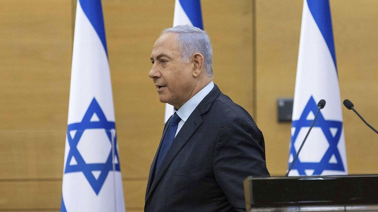 Le premier ministre israélien, Benjamin Netanyahou, doit normalement quitter le pouvoir la semaine prochaine après douze ans de mandat, un record.
