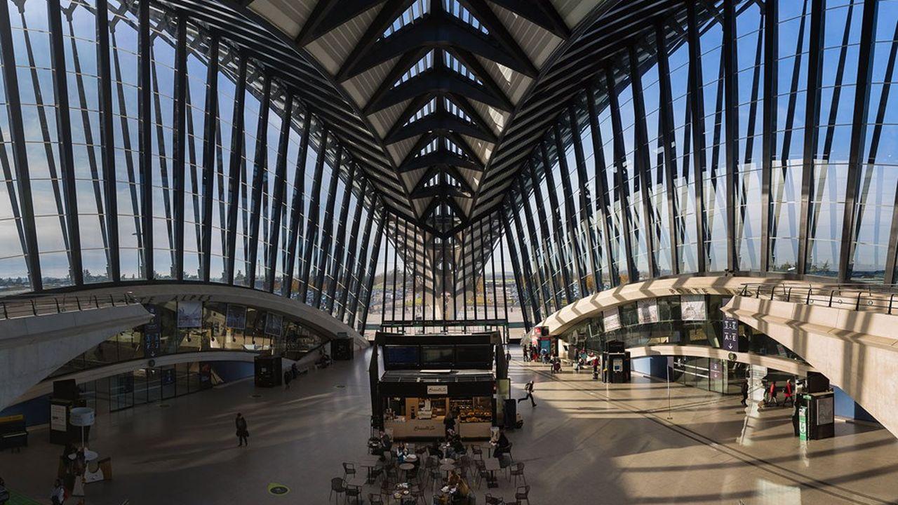 «Lyon est déjà neutre en carbone, avec l'acquisition de droits de compensation», rappelle le président de Vinci Concessions, Nicolas Notebaert.
