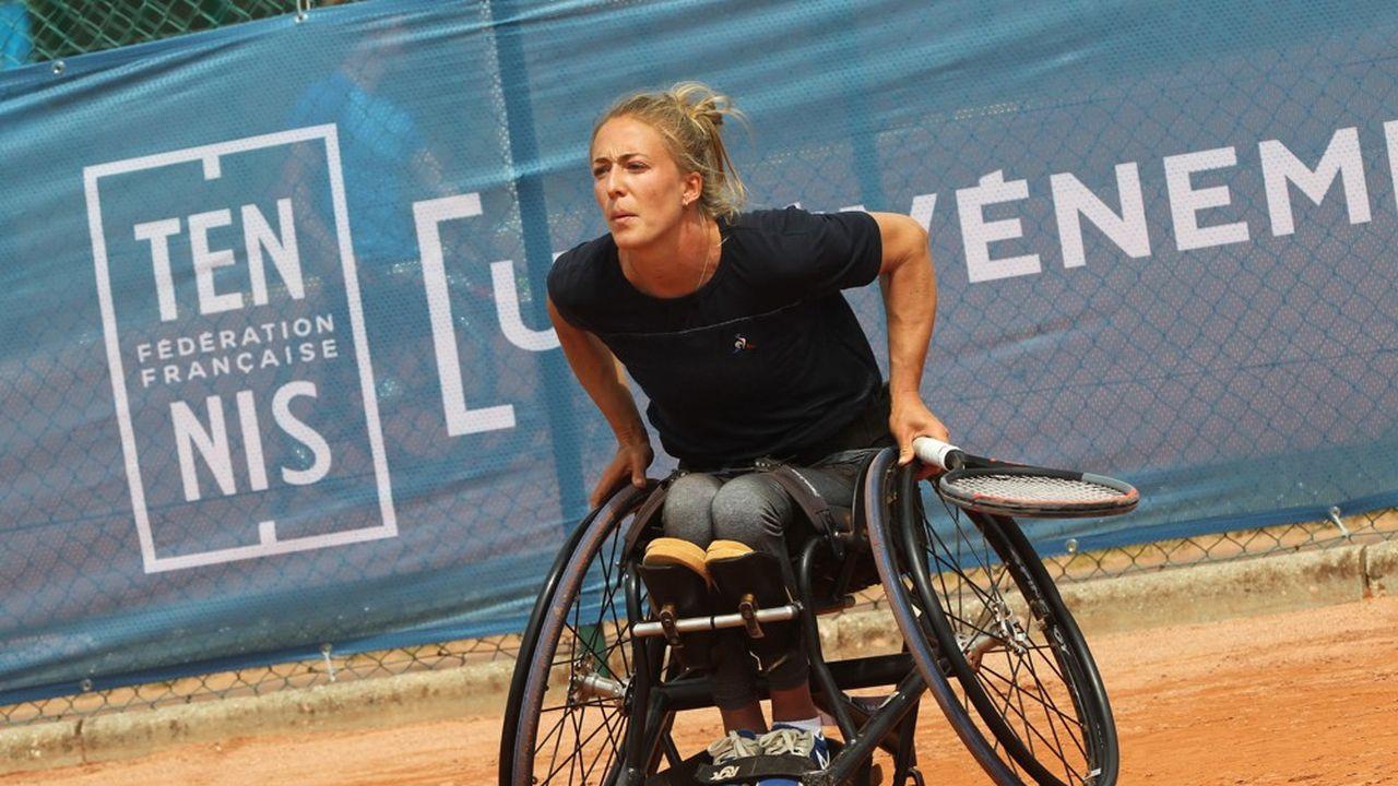 Charlotte Fairbank, 29 ans, vise une qualification pour les Jeux Paralympiques de Tokyo qui ont lieu à l'été.