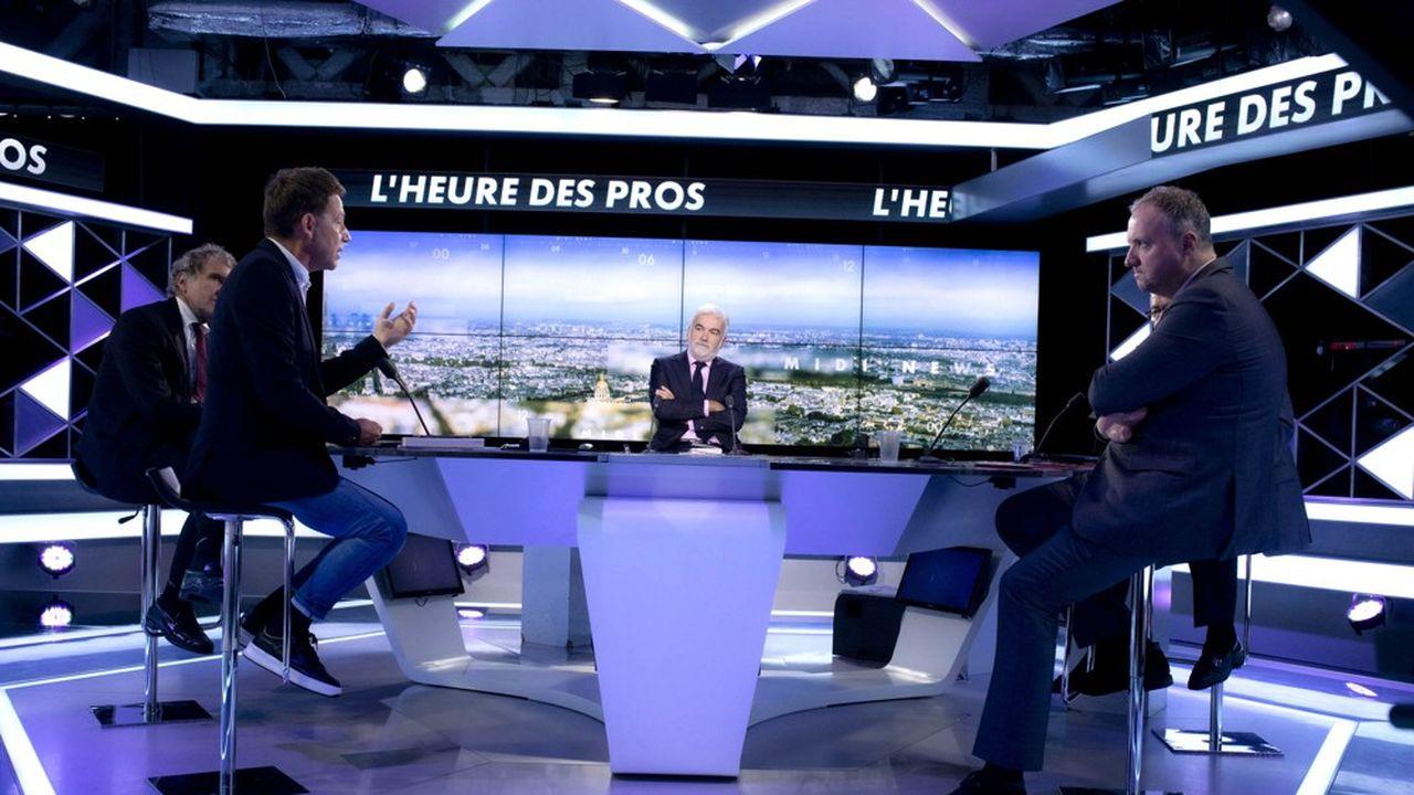 «L'Heure des pros», avec Pascal Praud, est l'une des émissions phares de la chaîne.