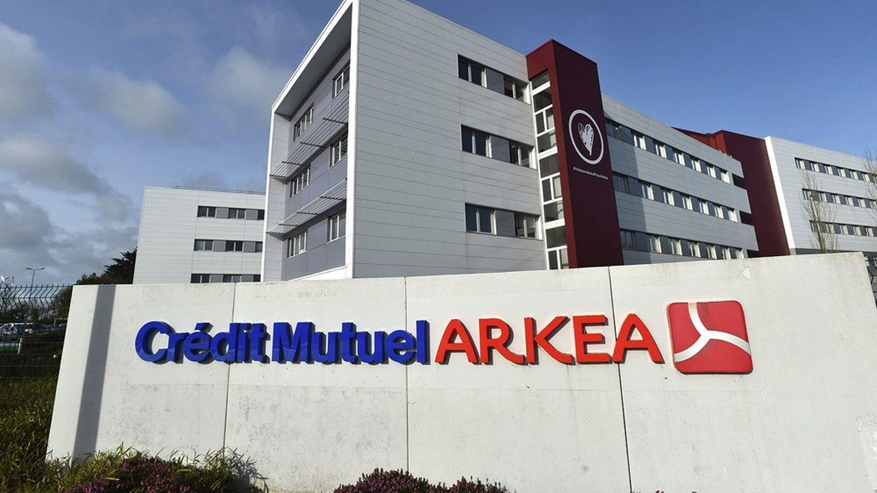 Crédit Mutuel Arkéa est désormais présidé par Julien Carmona, qui a succédé à Jean-Pierre Denis.