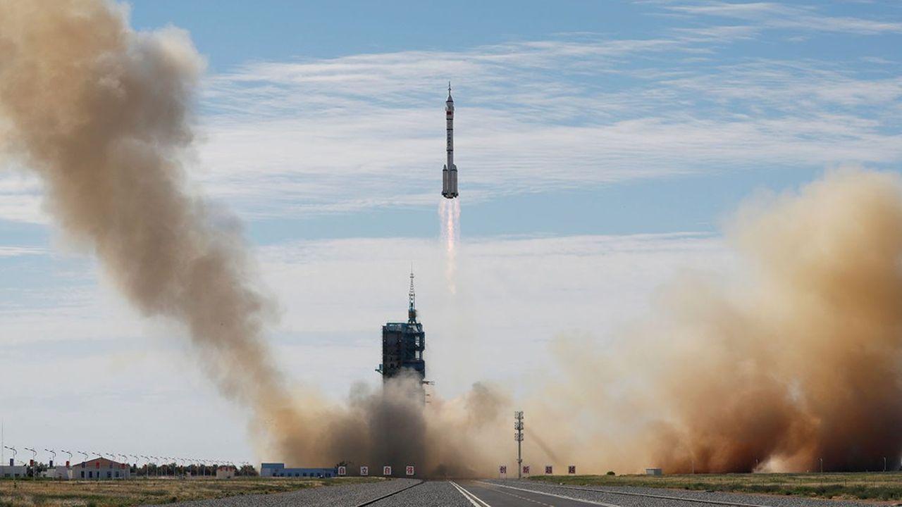 Les astronautes ne chômeront pas: maintenance, installation de matériel, sorties dans l'espace, préparation des missions de construction à venir et des séjours des futurs équipages.