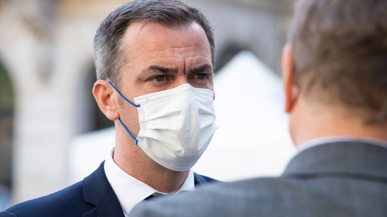 Le ministre de la Santé, Olivier Véran, veut faire remonter le taux de vaccination des soignants en Ehpad.