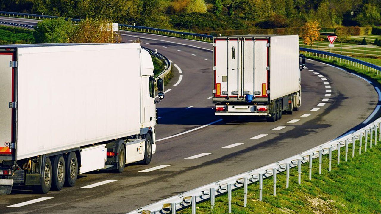 Bruxelles veut pousser les constructeurs de poids lourds à réduire les émissions polluantes de leurs véhicules.