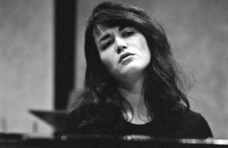 Enfant prodige, la pianiste Martha Argerich (ici dans les années1950).