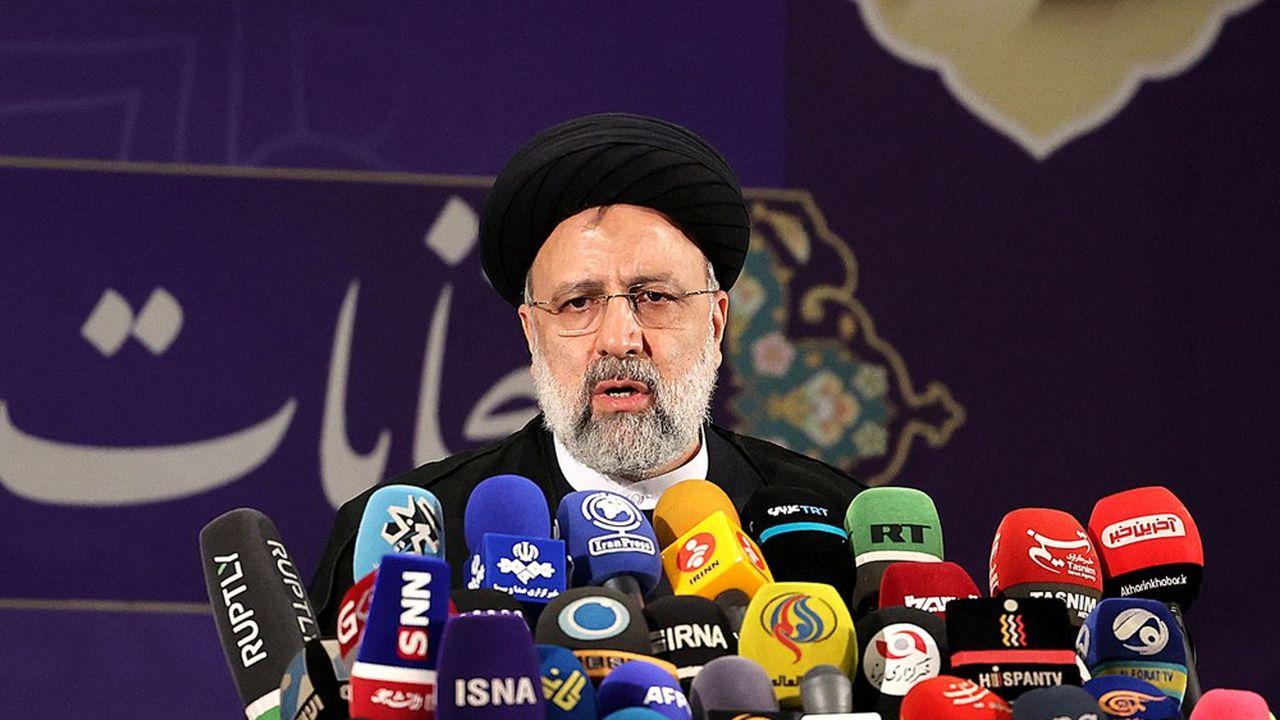 Certains observateurs estiment qu'Ebrahim Raïssi a le profil pour remplacer un jour Ali Khamenei.