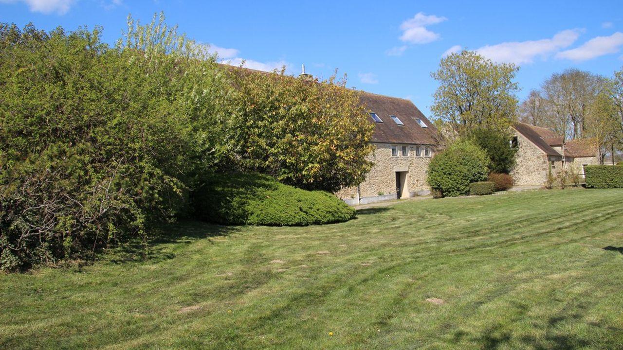 La vaste ferme de Buloyer à Magny-les-Hameaux a déjà vécu plusieurs transformations