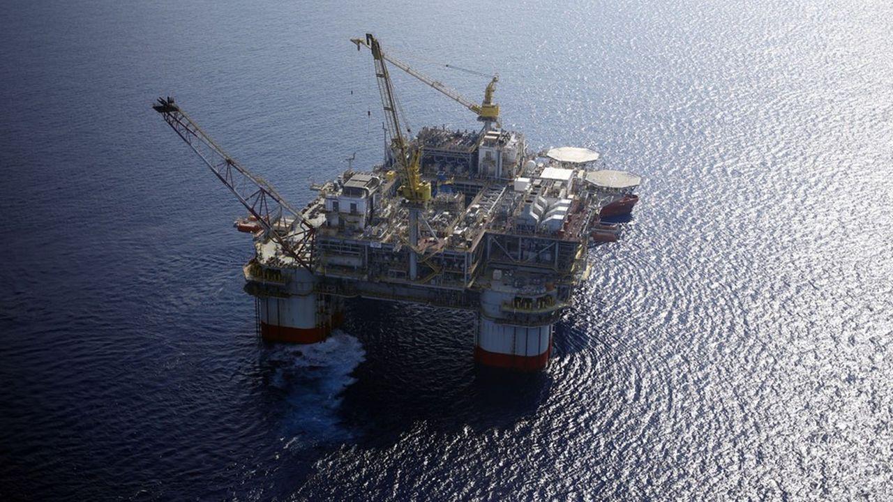 Chevron affirme avoir évacué le personnel non essentiel présent sur ses trois plateformes pétrolières américaines du Golfe du Mexique