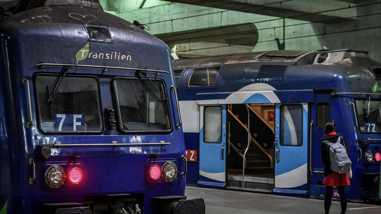 En temps normal, Transilien assure 6.200 trains par jour dans 392 gares en Ile-de-France, dont 5 lignes de RER.