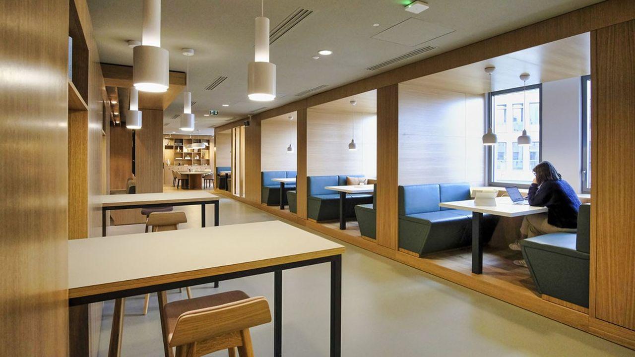Un espace Spaces d'IWG - le numéro un en France des bureaux flexibles - à Bordeaux, dans le quartier d'affaires Euratlantique.